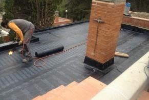 Bellaterra > Reparación de una terraza con goteras y aislar térmicamente una vivienda unifamiliar