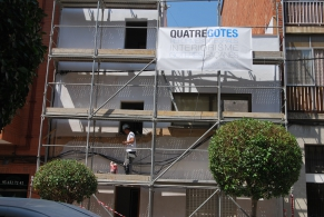 Sant Feliu de Llobregat > Rehabilitación de fachada particular